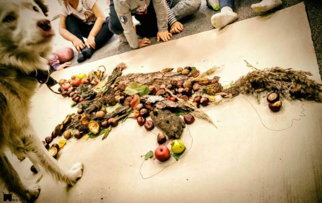 Dzieci stworzyły psa z darów natury